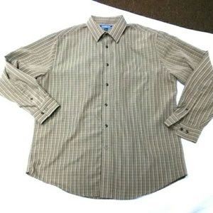 Croft and barrow mens L gold strip dress shirt